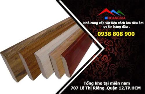 len chân tường gỗ